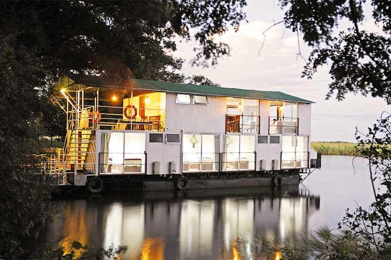 Houseboat & Mobile Safari