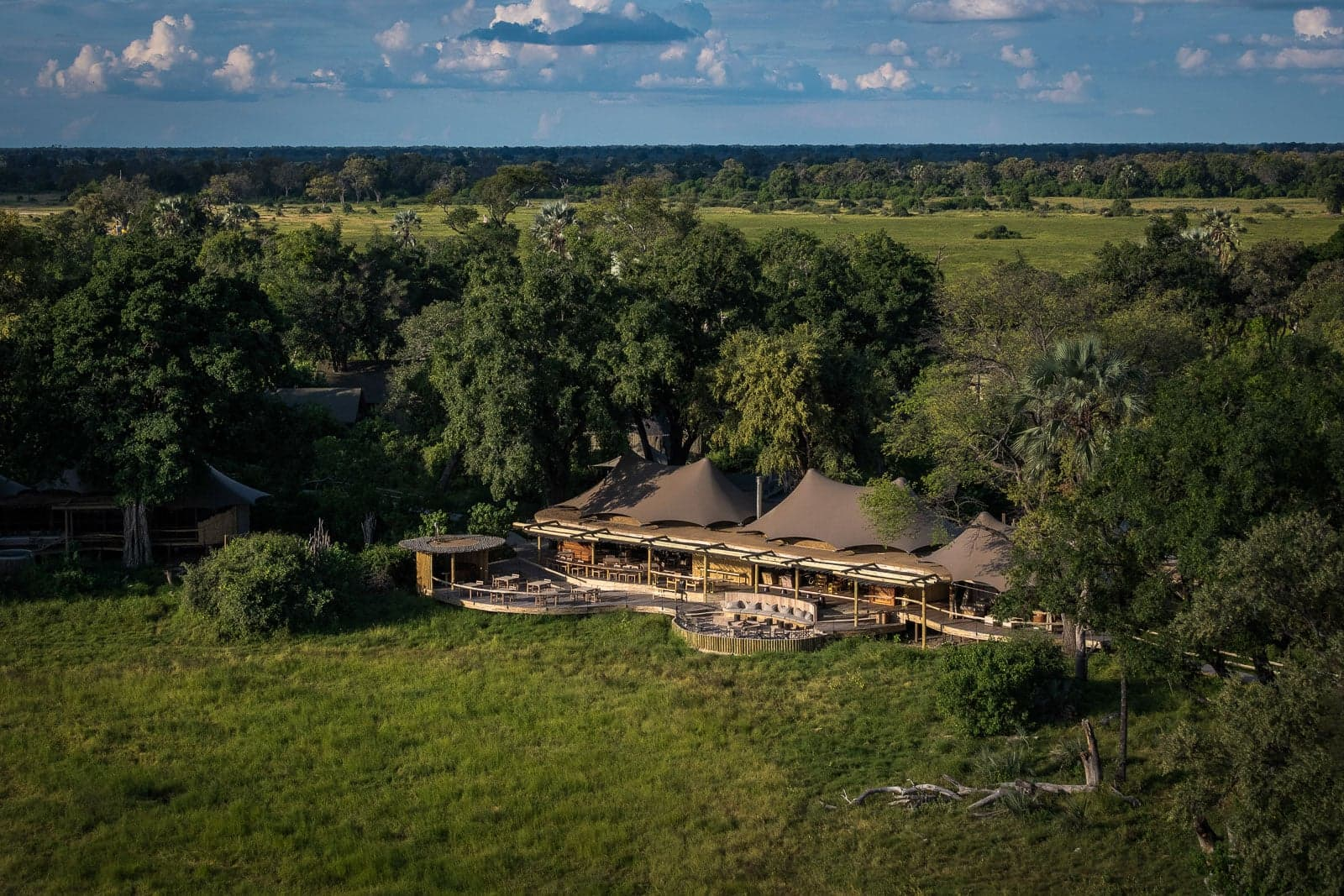 Lodge Safaris 6 of 9